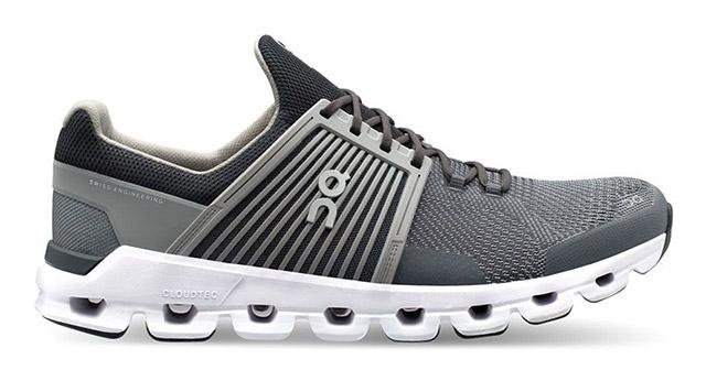 Tekaški čevlji On Cloudswift