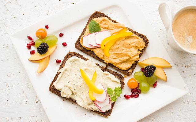 Zdrav in obilen zajtrk